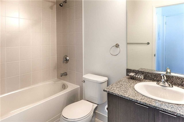 Condo Apartment at 2910 Highway 7 Rd, Unit 419, Vaughan, Ontario. Image 15