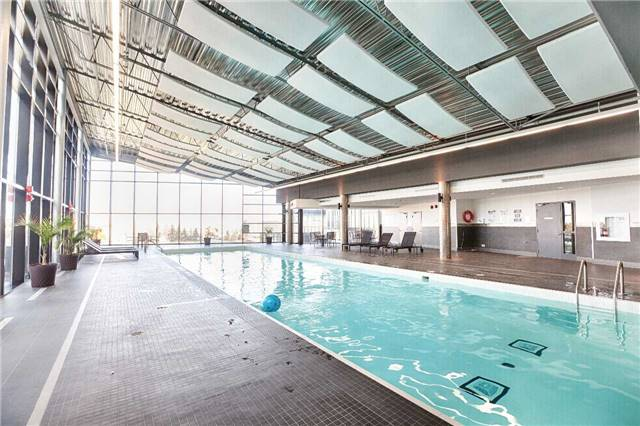 Condo Apartment at 2910 Highway 7 Rd, Unit 419, Vaughan, Ontario. Image 2