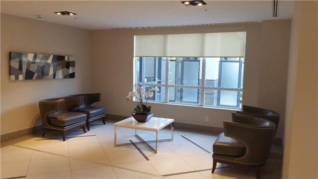 Condo Apartment at 75 North Park Rd, Unit Lph2-1, Vaughan, Ontario. Image 3