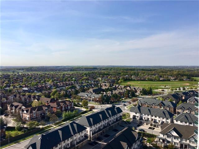 Condo Apartment at 75 North Park Rd, Unit Lph2-1, Vaughan, Ontario. Image 4