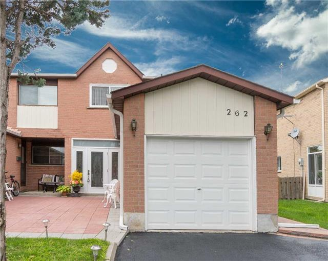 Semi-detached at 262 Aberdeen Ave, Vaughan, Ontario. Image 1