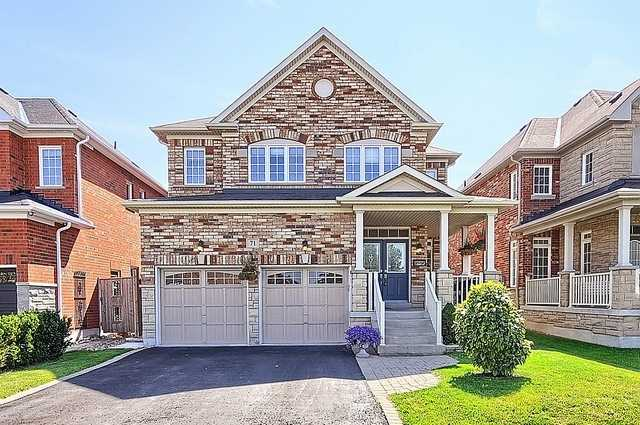 Detached at 71 Gundy Way, Aurora, Ontario. Image 1