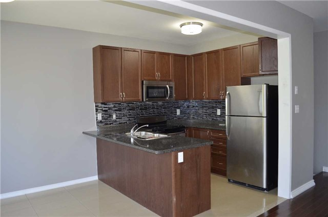 Detached at 218 Delbert Circ, Whitchurch-Stouffville, Ontario. Image 15