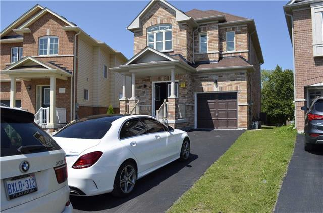 Detached at 218 Delbert Circ, Whitchurch-Stouffville, Ontario. Image 13