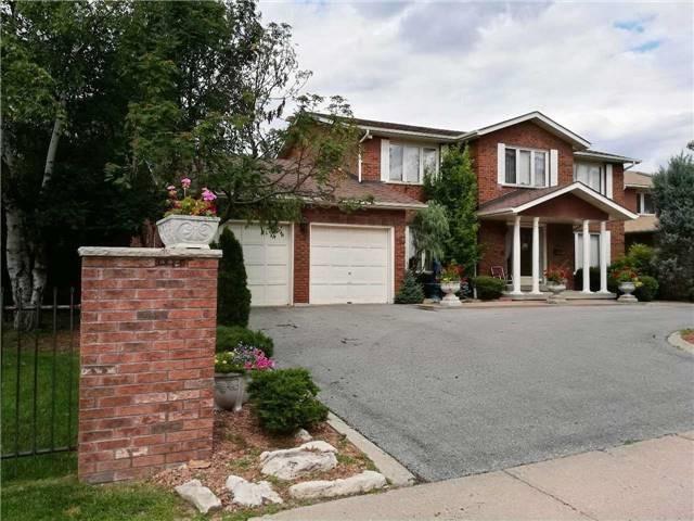 Detached at 85 Villa Park Dr, Vaughan, Ontario. Image 1