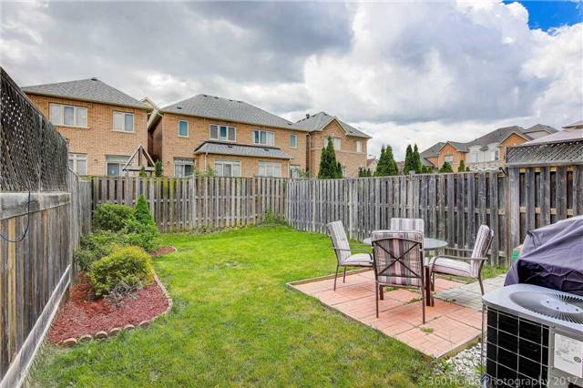 Townhouse at 31 Starwood Rd, Vaughan, Ontario. Image 17