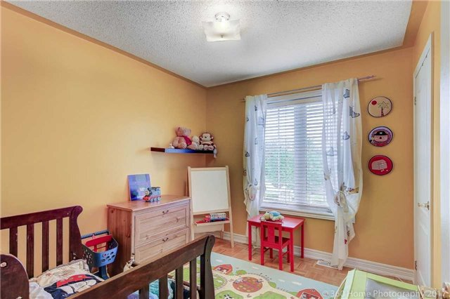 Townhouse at 31 Starwood Rd, Vaughan, Ontario. Image 8