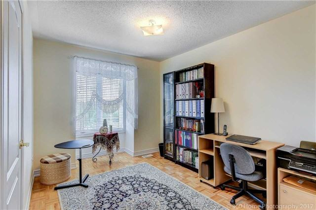 Townhouse at 31 Starwood Rd, Vaughan, Ontario. Image 9