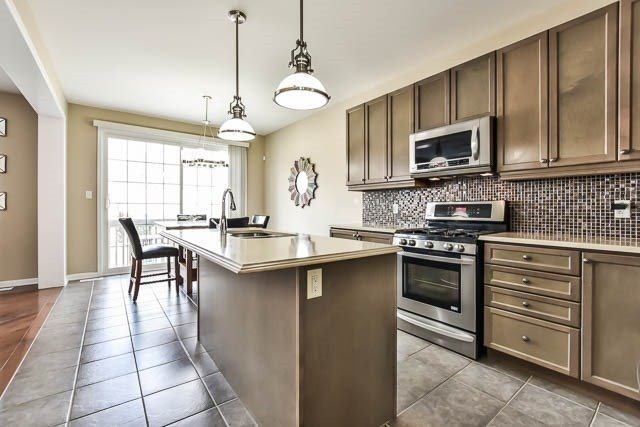 Detached at 18 Whiterose Lane, Whitchurch-Stouffville, Ontario. Image 15