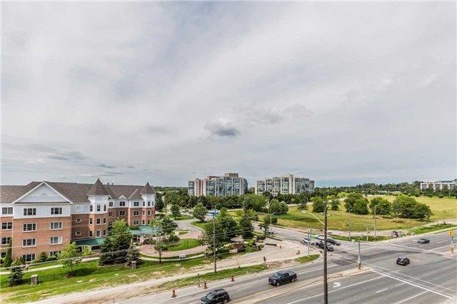 Condo Apartment at 18 Harding Blvd, Unit 623, Richmond Hill, Ontario. Image 7