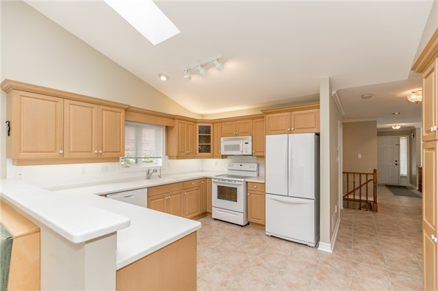 Condo Detached at 174 Riverview Rd, New Tecumseth, Ontario. Image 16
