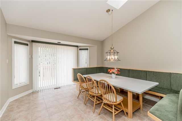 Condo Detached at 174 Riverview Rd, New Tecumseth, Ontario. Image 17