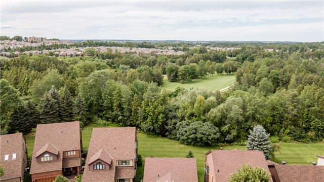 Condo Detached at 174 Riverview Rd, New Tecumseth, Ontario. Image 9