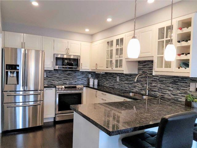 Semi-detached at 81 Long Point Dr, Richmond Hill, Ontario. Image 11