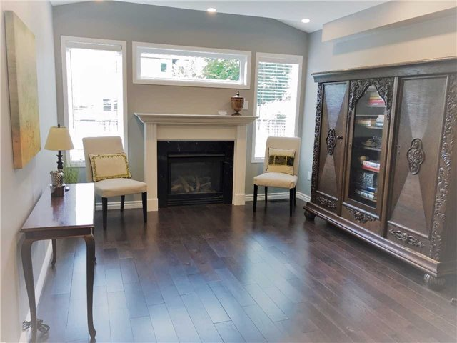Semi-detached at 81 Long Point Dr, Richmond Hill, Ontario. Image 14