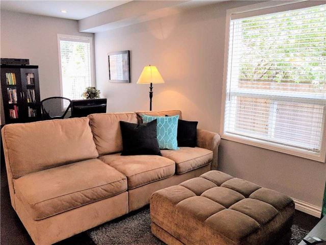 Semi-detached at 81 Long Point Dr, Richmond Hill, Ontario. Image 15