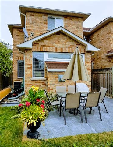 Semi-detached at 81 Long Point Dr, Richmond Hill, Ontario. Image 6