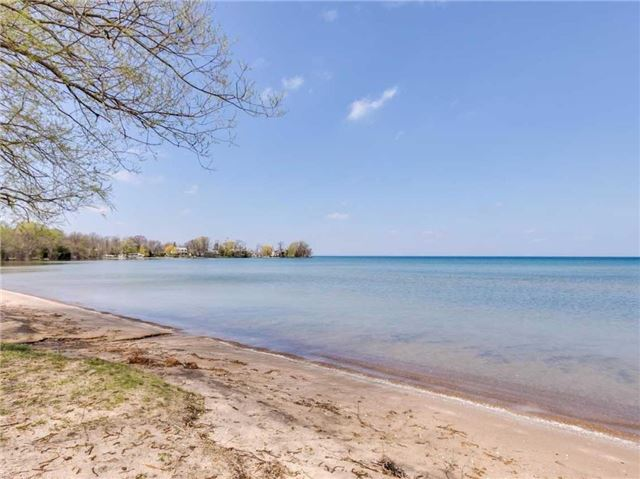 Detached at 37 Franklin Beach Rd, Georgina, Ontario. Image 1