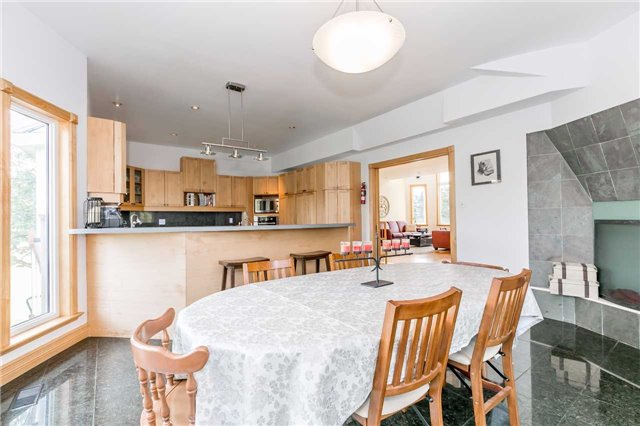 Detached at 1178 Concession 7, Adjala-Tosorontio, Ontario. Image 11