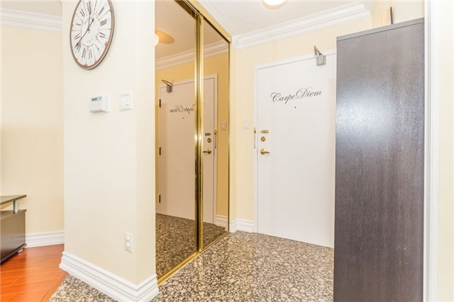 Condo Apartment at 8501 Bayview Ave, Unit 1019, Richmond Hill, Ontario. Image 12