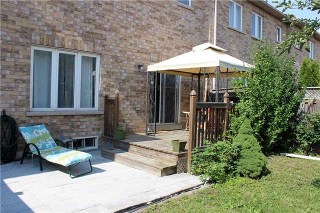Townhouse at 87 Park Place Dr, Markham, Ontario. Image 11