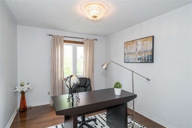 Detached at 277 Fifth Ave, Vaughan, Ontario. Image 6