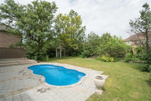 Detached at 277 Fifth Ave, Vaughan, Ontario. Image 9