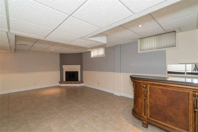 Detached at 277 Fifth Ave, Vaughan, Ontario. Image 11