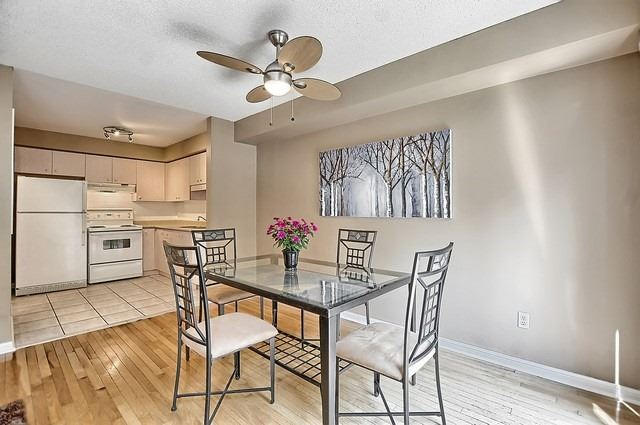 Condo Townhouse at 546 Tugwell Pl, Unit 17, Newmarket, Ontario. Image 14
