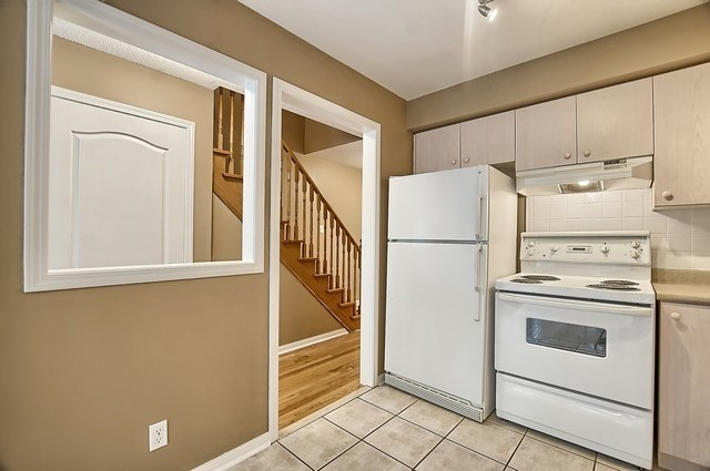 Condo Townhouse at 546 Tugwell Pl, Unit 17, Newmarket, Ontario. Image 18