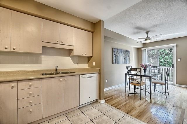Condo Townhouse at 546 Tugwell Pl, Unit 17, Newmarket, Ontario. Image 19