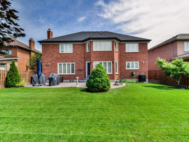 Detached at 24 Conti Cres, Vaughan, Ontario. Image 13