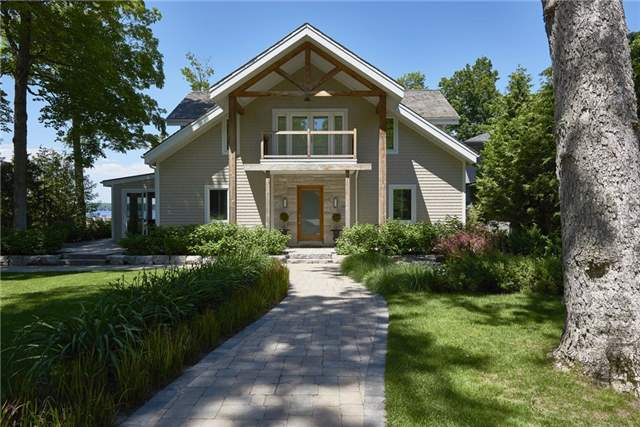 Detached at 426 Big Bay Point Rd, Innisfil, Ontario. Image 1