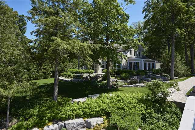 Detached at 426 Big Bay Point Rd, Innisfil, Ontario. Image 15