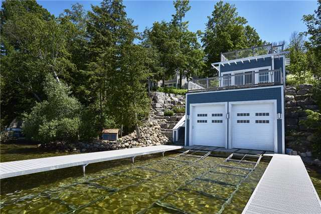 Detached at 426 Big Bay Point Rd, Innisfil, Ontario. Image 11