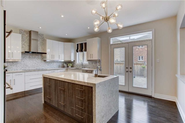Detached at 6 White Spruce Cres, Vaughan, Ontario. Image 15