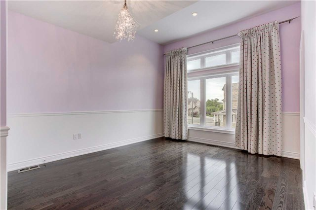Detached at 6 White Spruce Cres, Vaughan, Ontario. Image 3