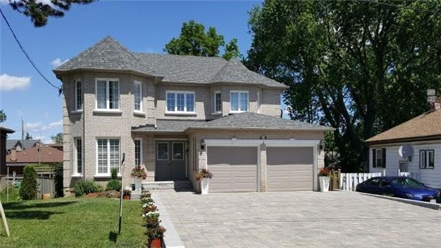 Detached at 44 Glen Cameron Rd, Markham, Ontario. Image 1