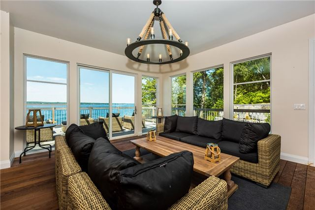 Detached at 428 Big Bay Point Rd, Innisfil, Ontario. Image 7