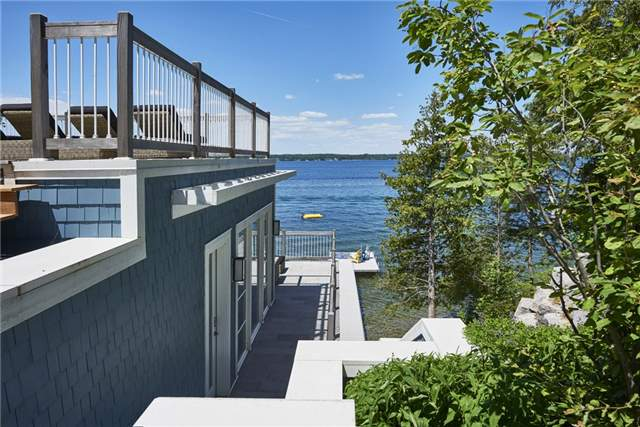 Detached at 428 Big Bay Point Rd, Innisfil, Ontario. Image 8