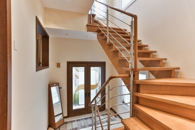 Link at 48 Carriage House Crt, Richmond Hill, Ontario. Image 9