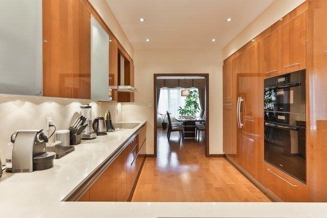 Link at 48 Carriage House Crt, Richmond Hill, Ontario. Image 11
