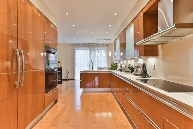 Link at 48 Carriage House Crt, Richmond Hill, Ontario. Image 12