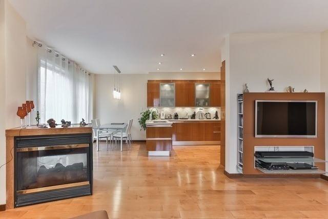 Link at 48 Carriage House Crt, Richmond Hill, Ontario. Image 15