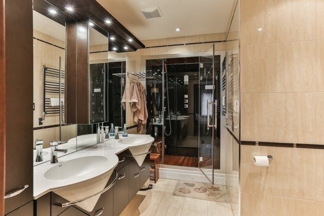 Link at 48 Carriage House Crt, Richmond Hill, Ontario. Image 3