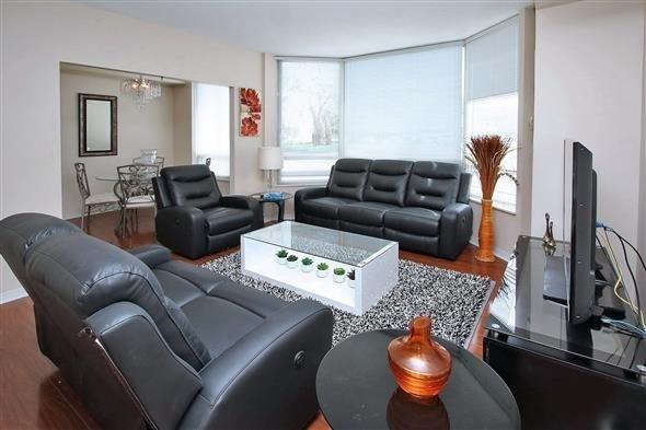 Condo Apartment at 309 Major Mackenzie Dr E, Unit 118, Richmond Hill, Ontario. Image 12