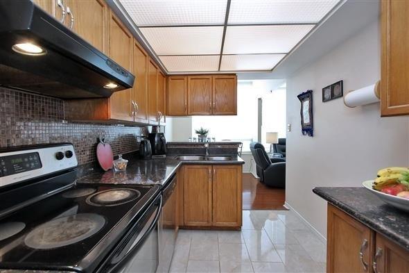 Condo Apartment at 309 Major Mackenzie Dr E, Unit 118, Richmond Hill, Ontario. Image 20