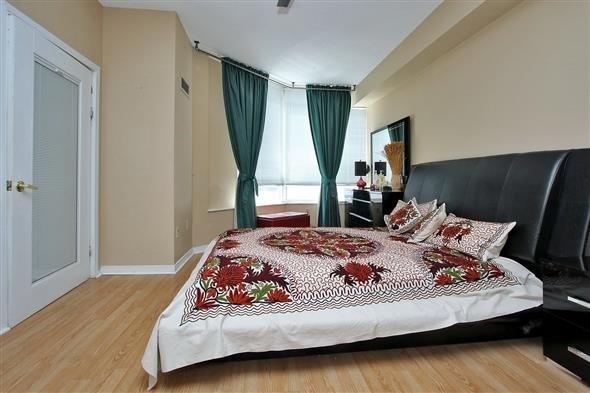 Condo Apartment at 309 Major Mackenzie Dr E, Unit 118, Richmond Hill, Ontario. Image 3