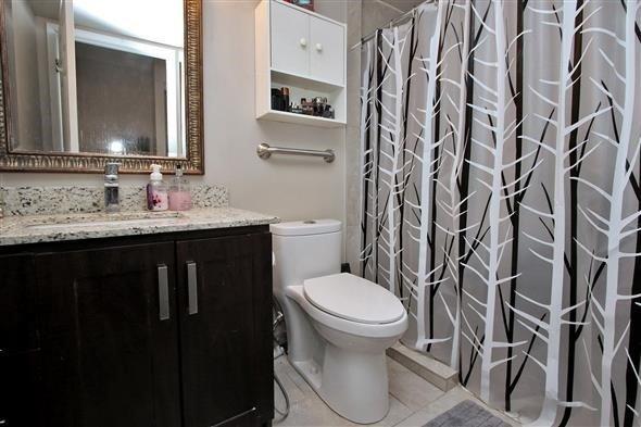 Condo Apartment at 309 Major Mackenzie Dr E, Unit 118, Richmond Hill, Ontario. Image 7