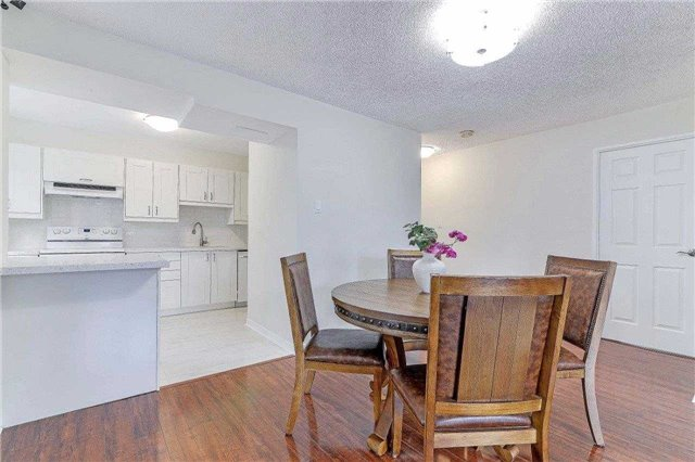 Condo Apartment at 50 Inverlochy Blvd, Unit 302, Markham, Ontario. Image 2